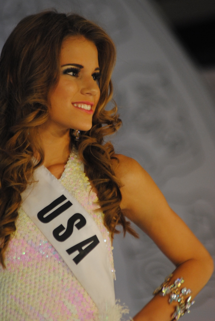 Miss Teen USA Cutting Swimsuit Competition